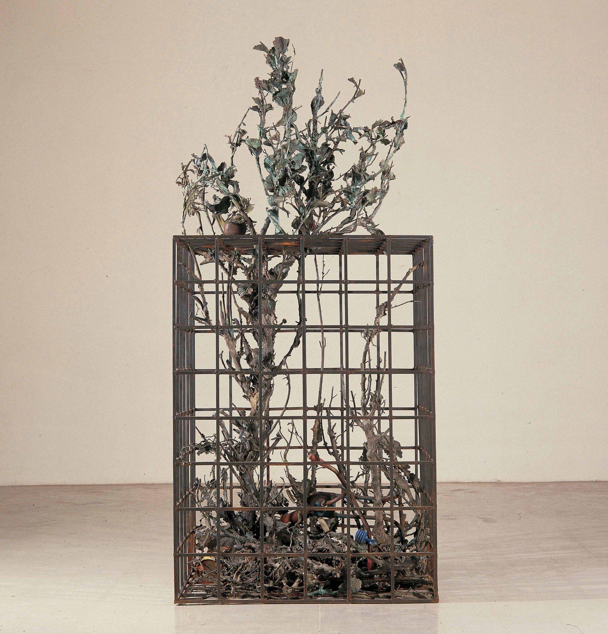 Alik Cavaliere W la libertà, 1976-1977 bronzo, cm 227x105x103 - Gallerie d'Italia