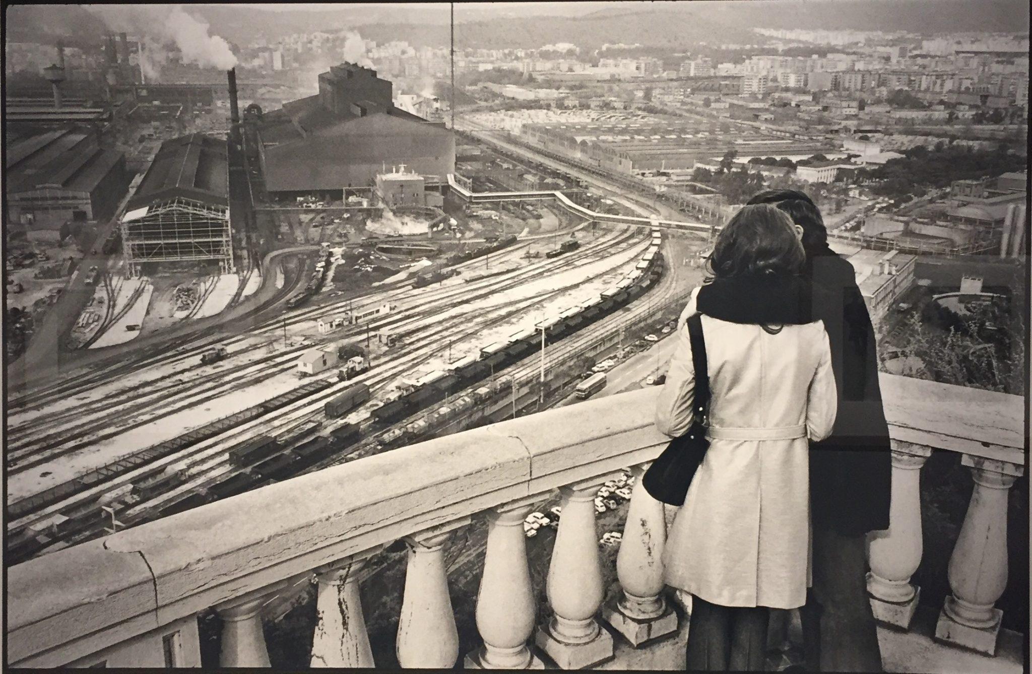 La poesia dei paesaggi di Henri Cartier-Bresson domina il Forte di Bard. Le immagini