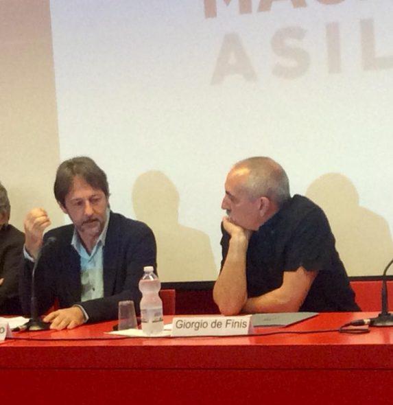 Luca Bergamo e Giorgio De Finis durante la conferenza stampa al Macro