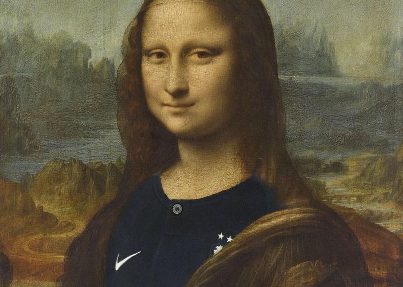 Gioconda con la maglia della nazionale francese di calcio