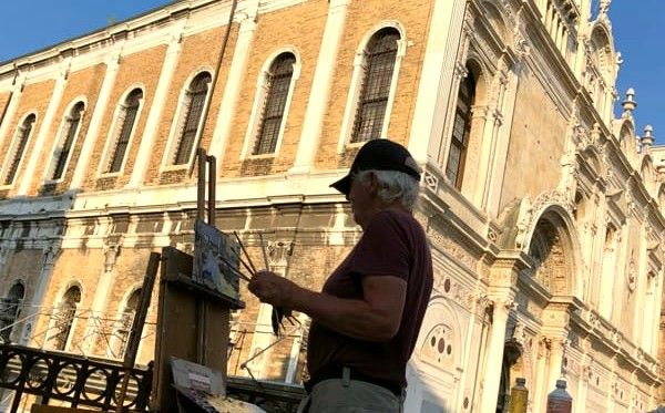 Ken Howard al cavalletto (foto veneziatoday-Stefano Varponi)