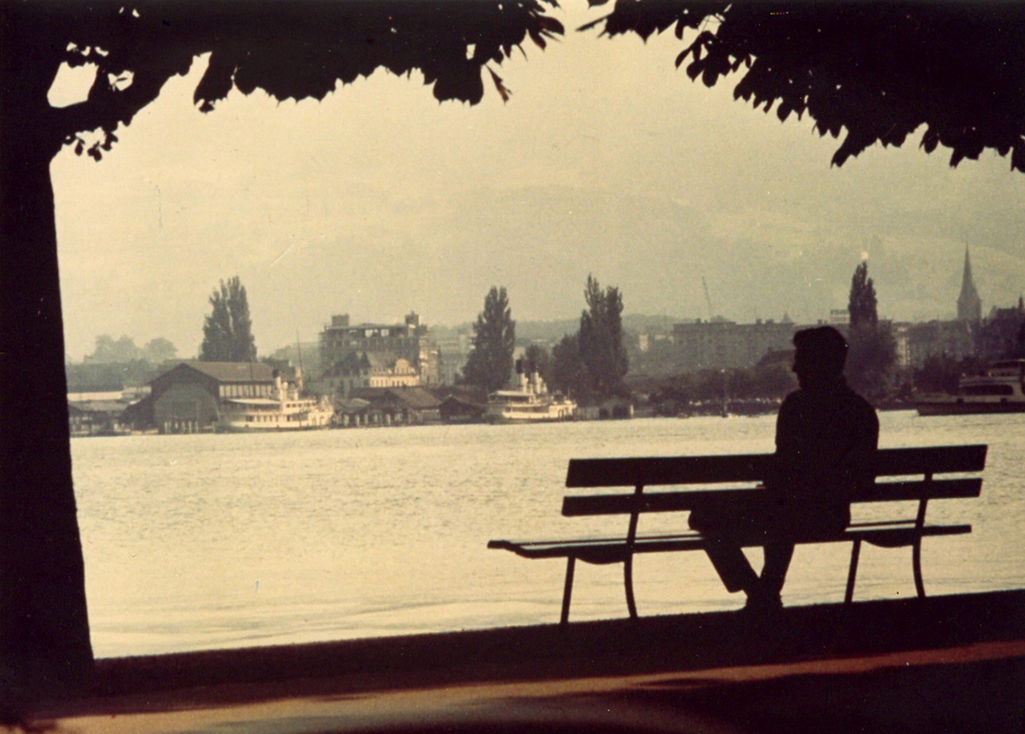 Da Ugo Mulas a Toni Thorimbert. 'Mondi Reali', un mix di visioni fotografiche da Valeria Bella