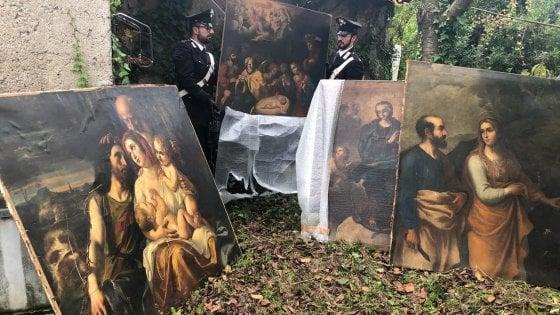 Trovati in un casolare abbandonato dipinti del XVII secolo rubati nel 2001