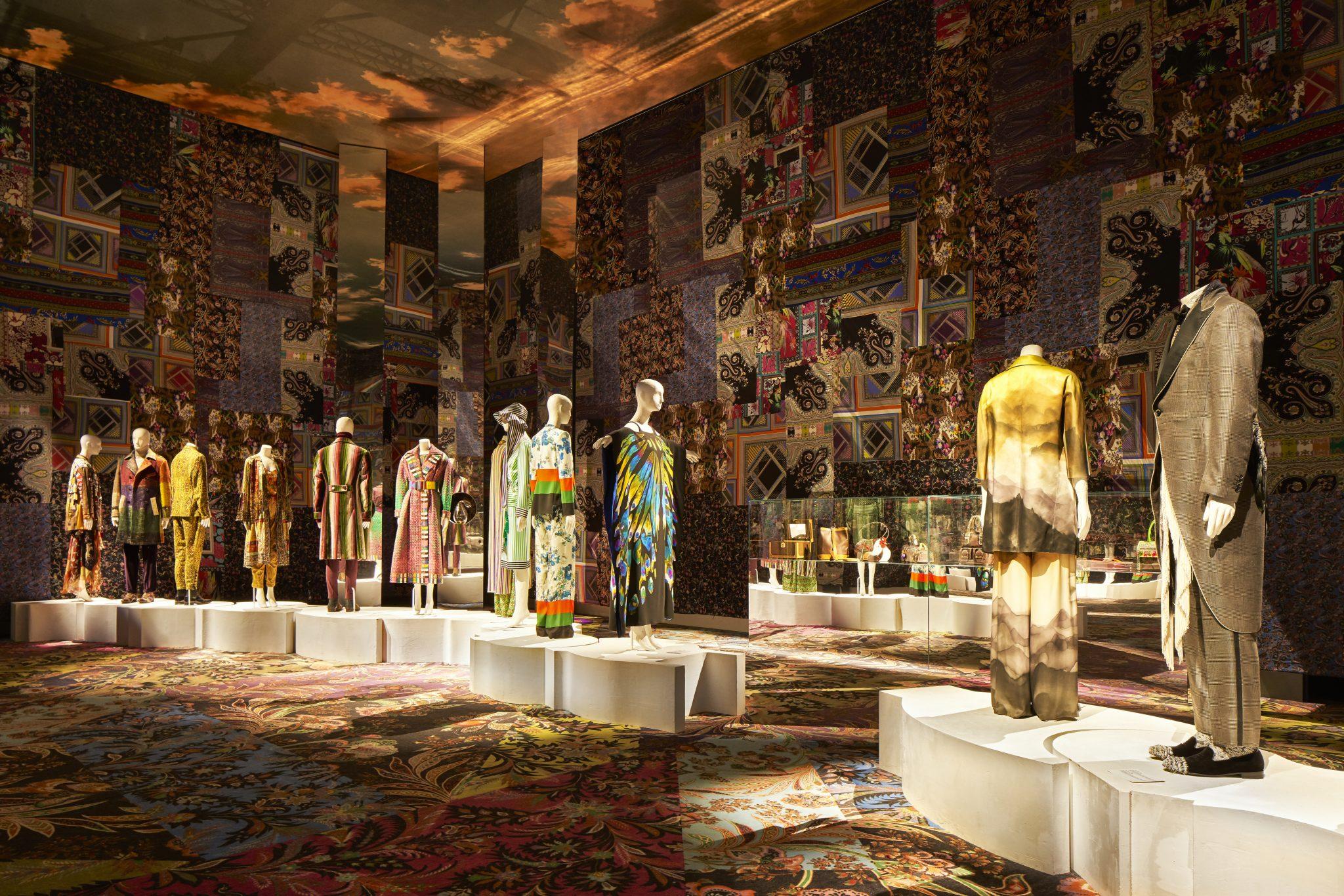 Generation Paisley. Una camera delle meraviglie firmata ETRO per i 50 anni della maison, al MUDEC di Milano