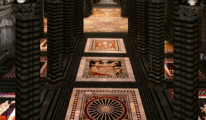 La Porta del Cielo. Ultimi giorni per visitare le straordinarie tarsie del pavimento del Duomo di Siena