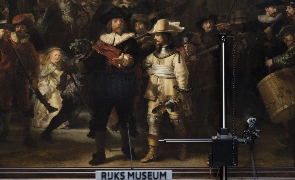 """Restauro on-line. Rembrandt-show per """"La Ronda di Notte"""""""