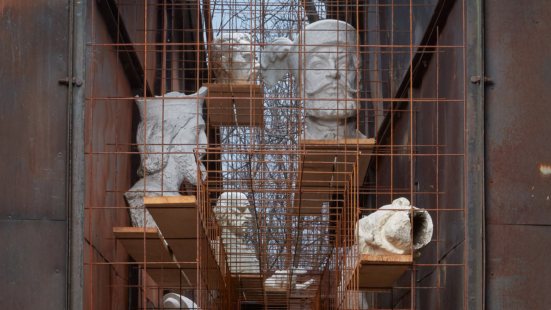 Arte per principianti. La nuova serie online delle OGR di Torino che racconta l'arte in 10 minuti