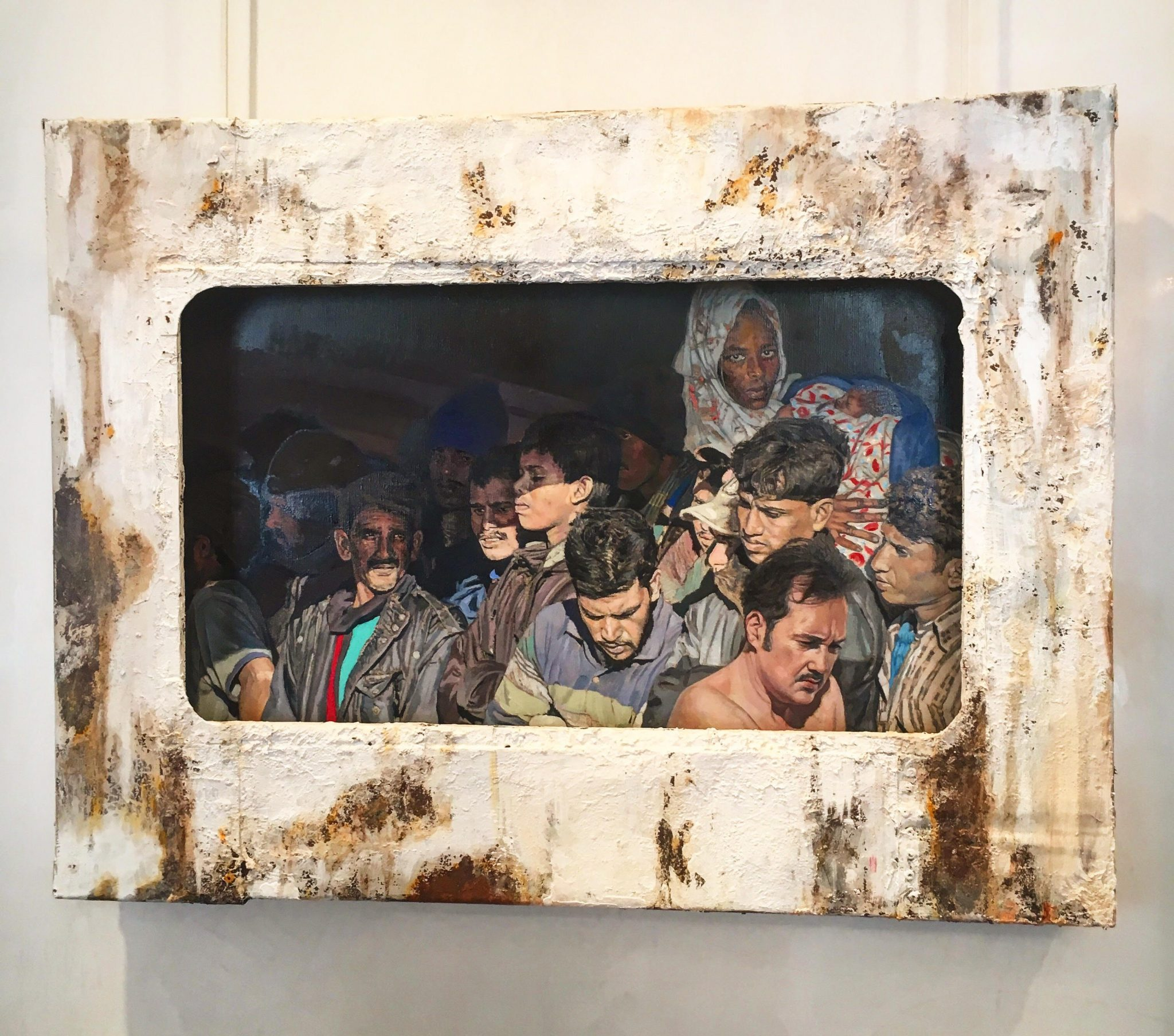 La tragedia dei migranti in un trittico, Giovanni Iudice alla Collezione Iannaccone