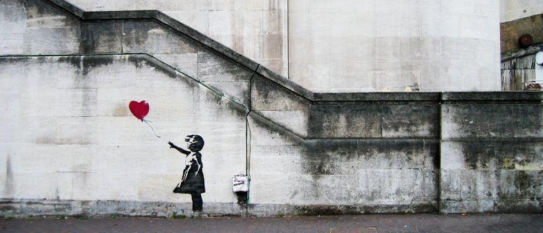 Finalmente aperta la mostra di Banksy a Milano. Tutte le immagini in anteprima