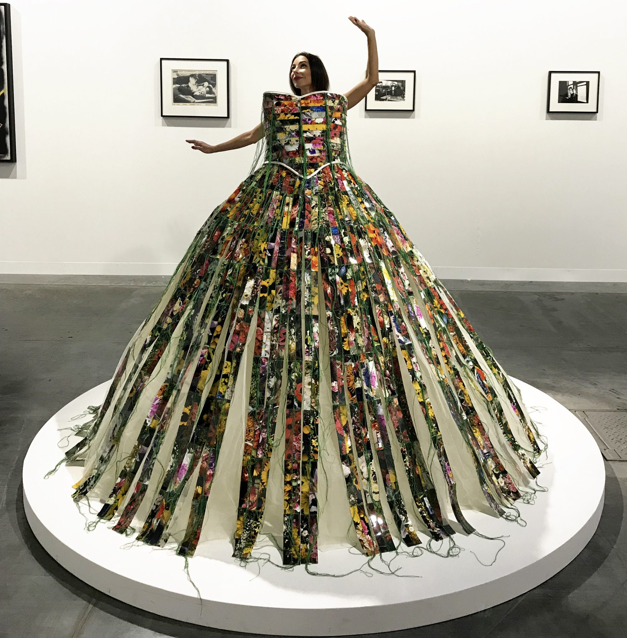 "#SELFIEADARTE ""Alta moda"" @HunterReynolds ""Mourning Dress"" 1997 P.P.O.W @P.P.O.W @ArtBasel #Miami @CleliaPatella"
