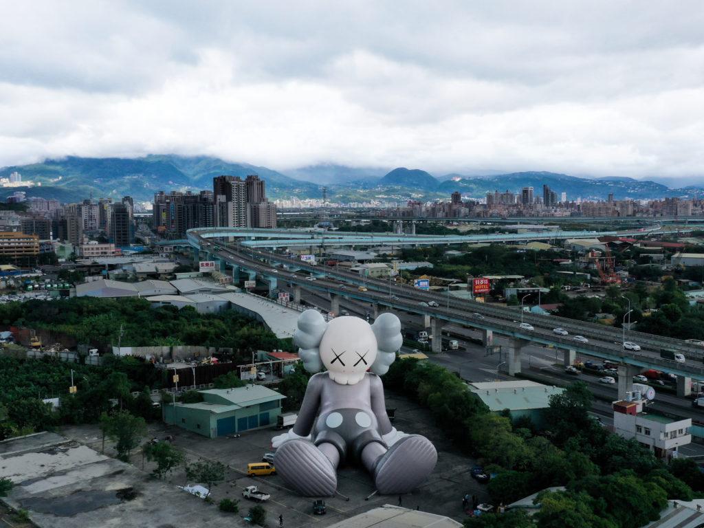 Il Companion da record di Kaws a Taipei (foto AllRightsReserved)