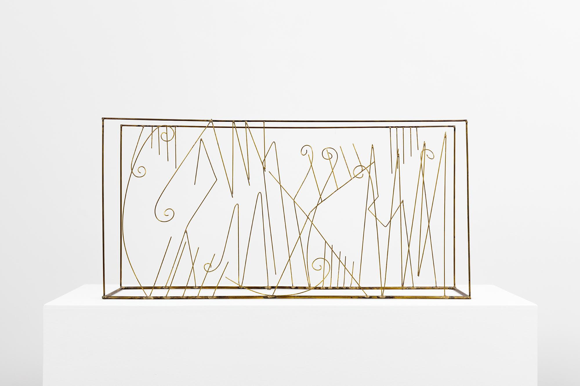 FAUSTO MELOTTI Contrappunto in Omaggio a G. Petrassi, 1980 ottone, 31 × 65,5 × 12,5 cm