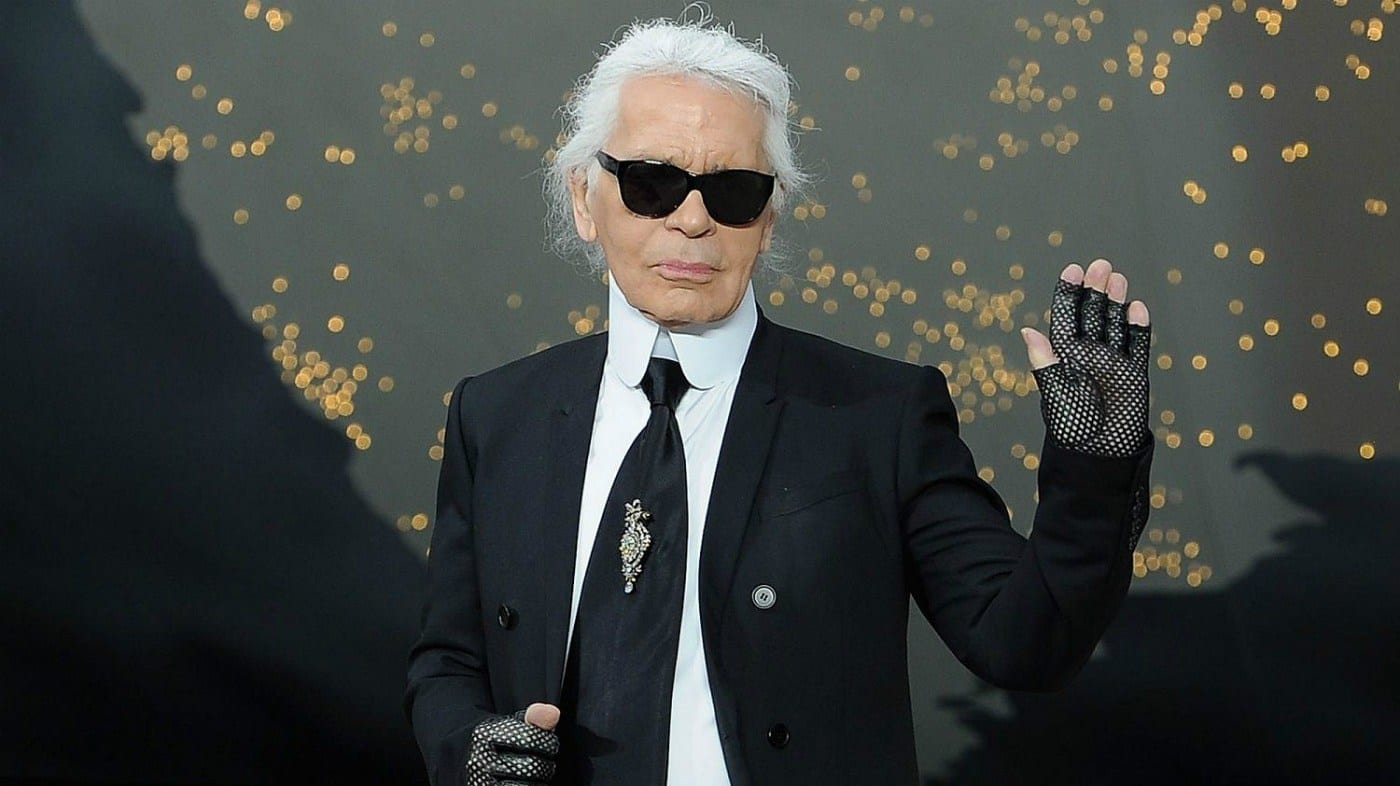 Morto a Parigi Karl Lagerfeld. Scompare a 85 anni lo storico direttore creativo di Chanel e Fendi