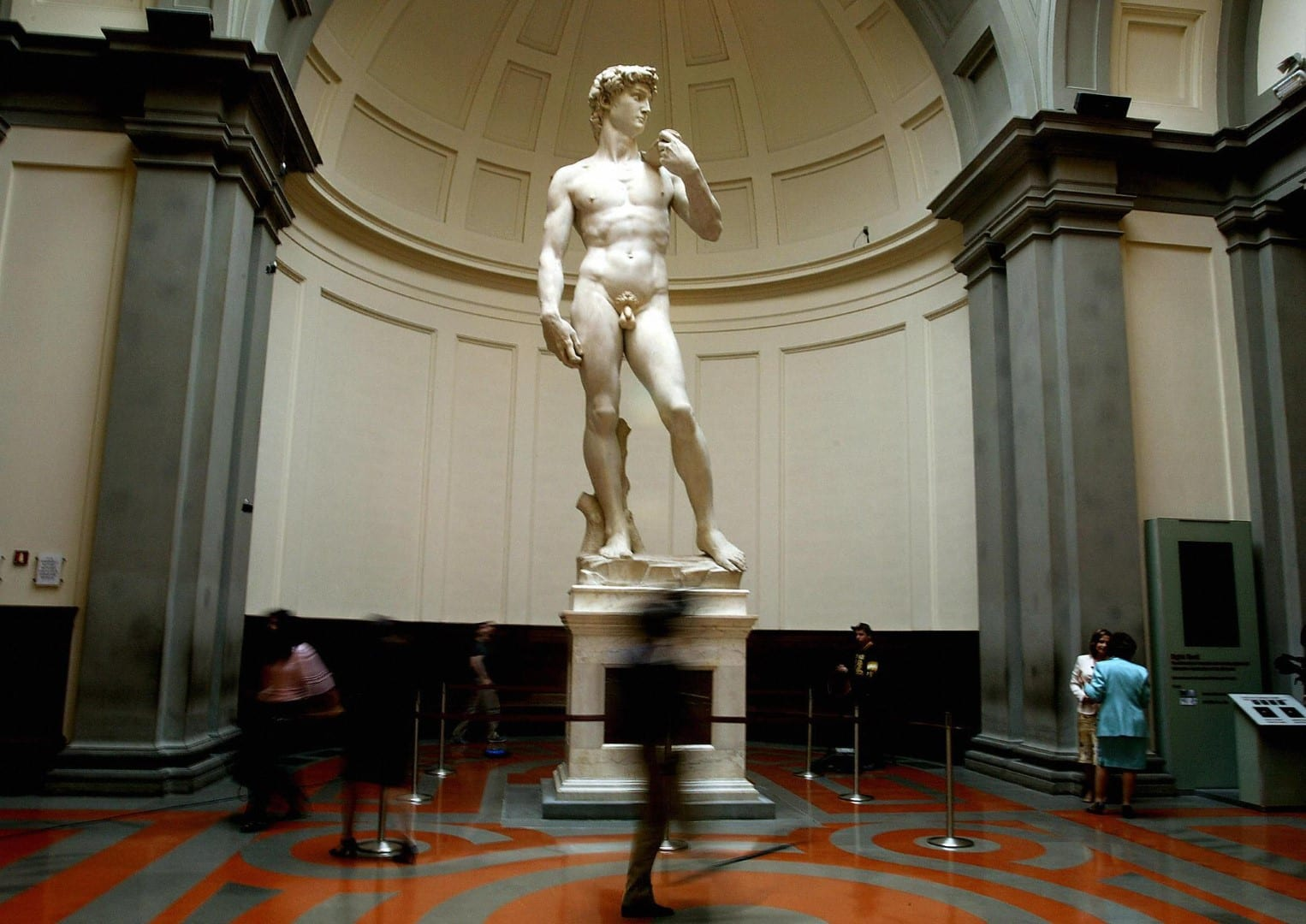 No Green pass, No David. A Firenze Accademia chiusa per sciopero