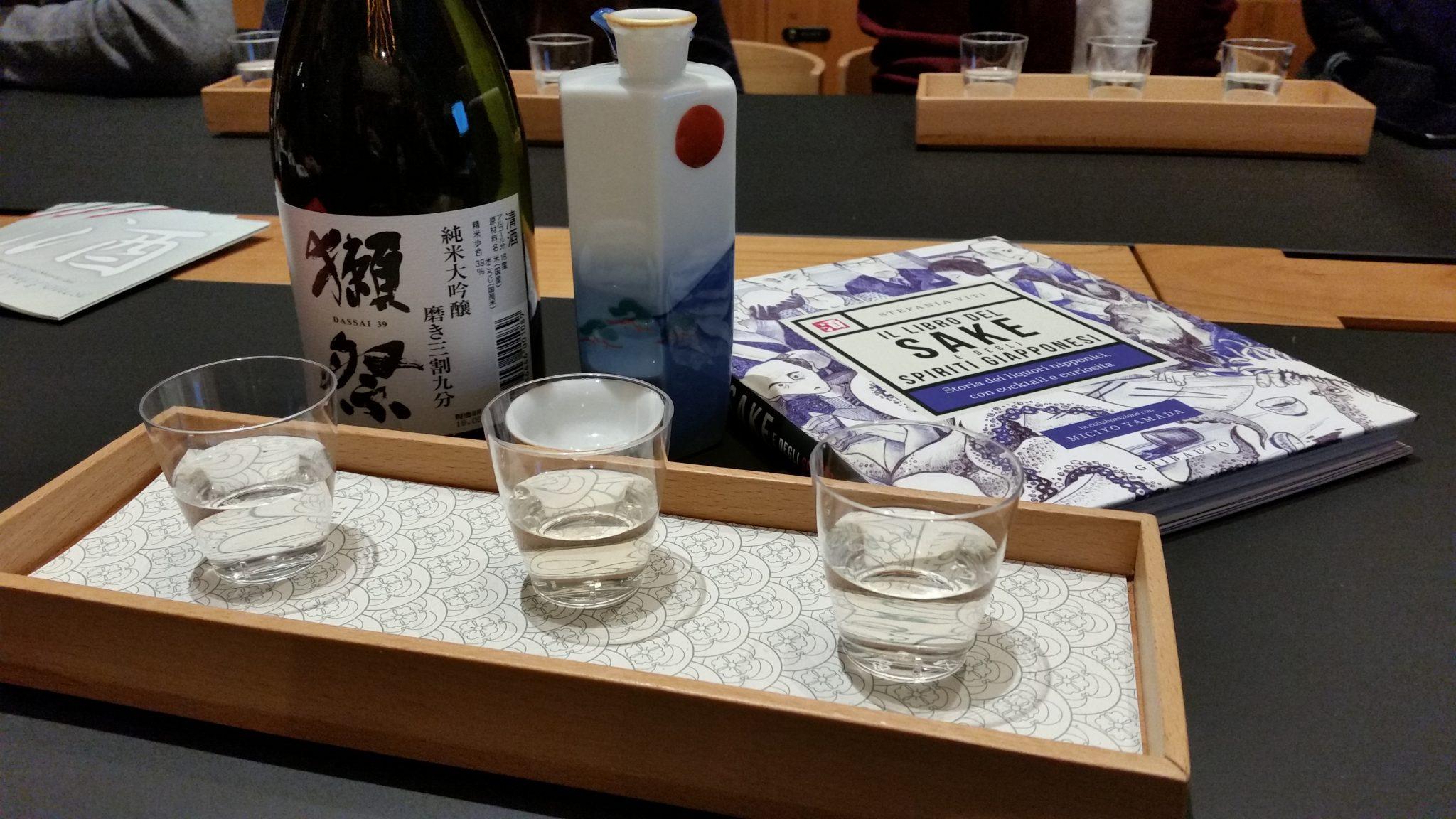 Alla conquista di Milano: il libro del sake e degli spiriti giapponesi