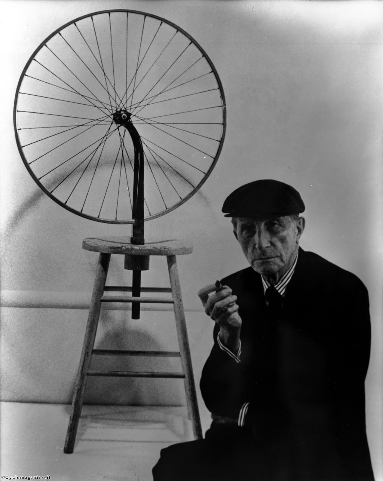 Possibili tangenti: Marcel Duchamp incontra Friedrich Nietzsche, dall'Eterno Ritorno alla Ruota di bicicletta