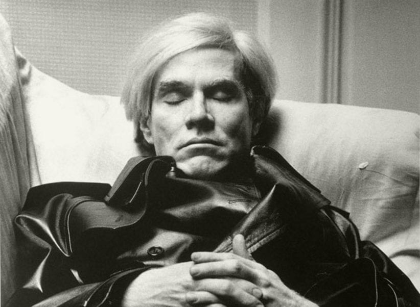 Andy Warhol ritratto da Newton per Vogue Uomo, 1974 © Helmut Newton Foundation, Berlin