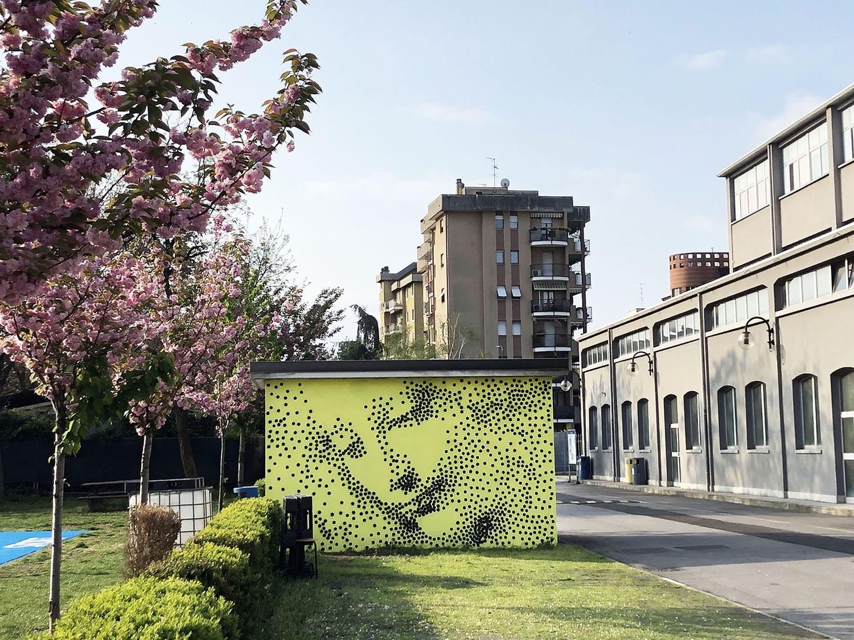 Riflessione urbana su Leonardo da Vinci. 2000 mq di murales permanenti al Politecnico di Milano