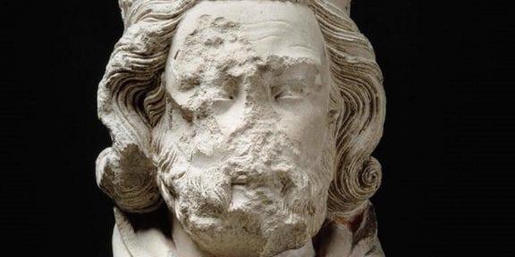 testa di scultura gotica