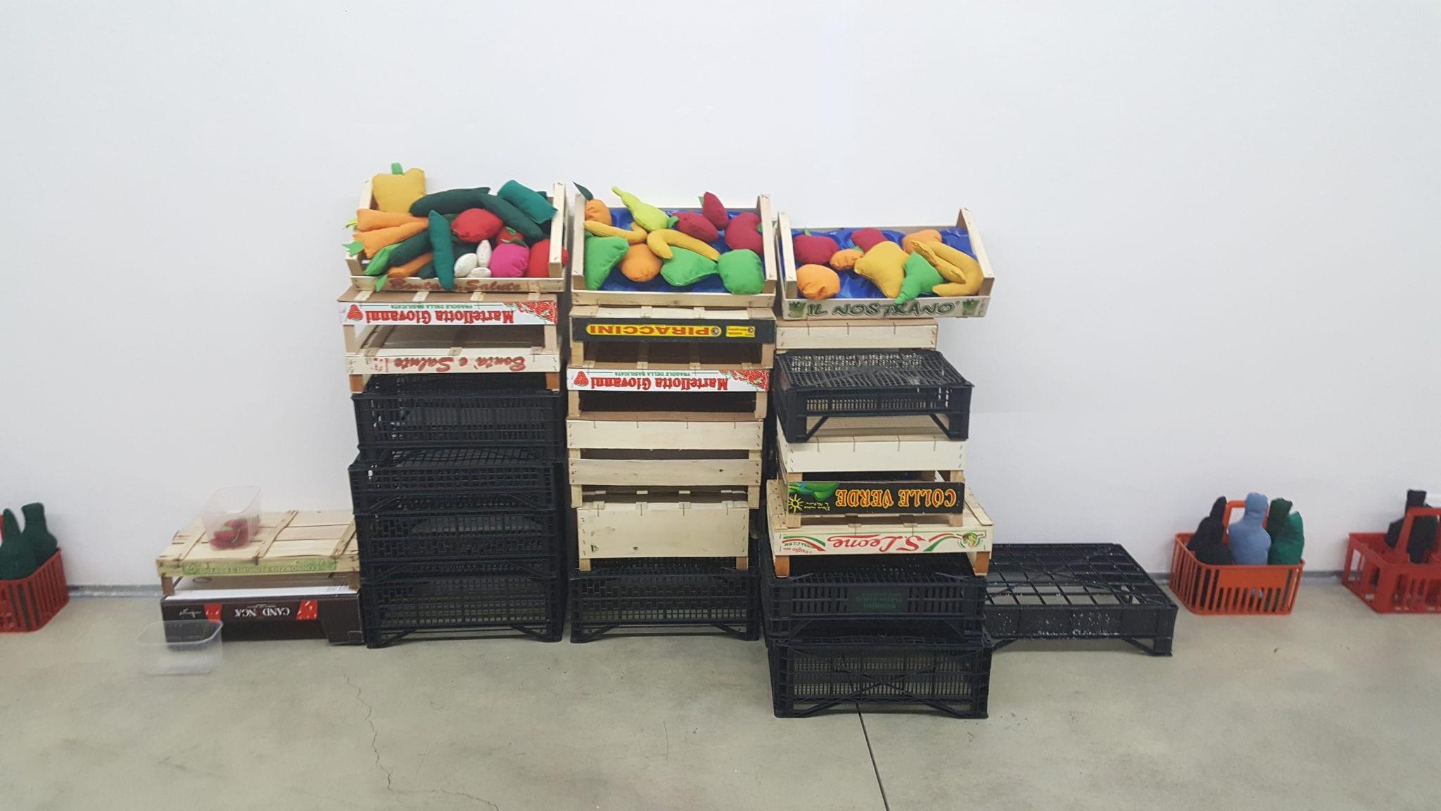 USELESS OBJECTS. L'(in)utilità dell'opera d'arte in mostra a Torino, una riflessione espositiva