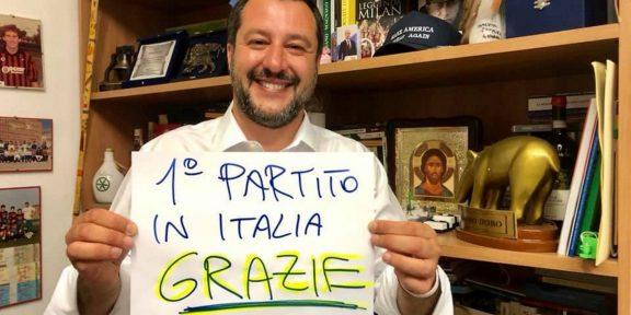 La foto postata da Matteo Salvini subito dopo i risultati delle prime proiezioni