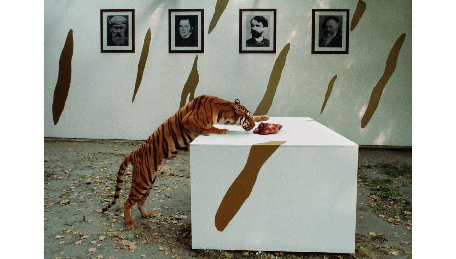 Natura e cultura in un silenzioso dialogo. Braco Dimitrijevic alla M77 Gallery di Milano