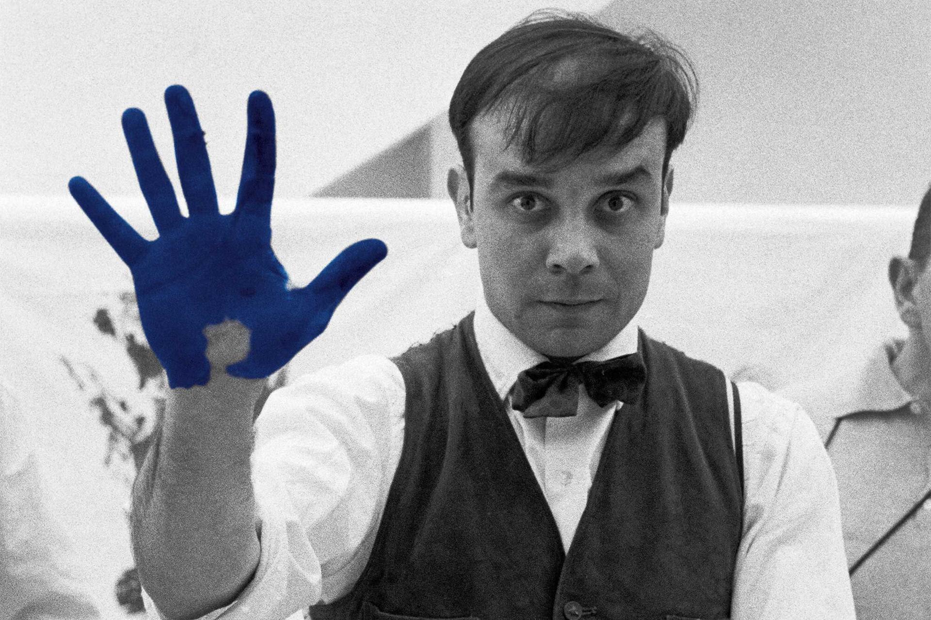 Amarcord 28 – Una inaspettata scoperta su Yves Klein. L'ex voto a Santa Rita da Cascia e la Grande Bellezza