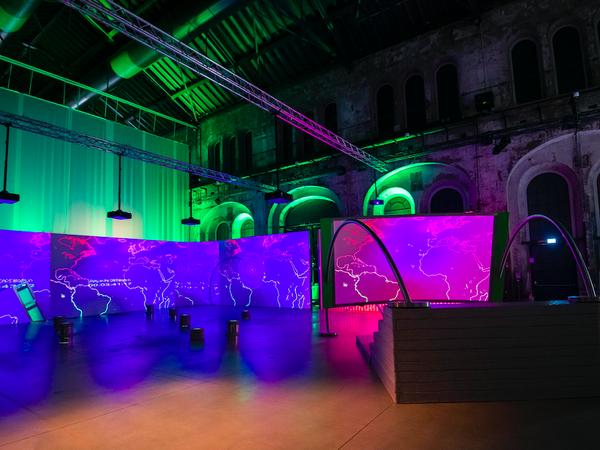 La Biennale dell'Immagine in Movimento alle OGR di Torino. Il racconto di Bellini, Ricciardi, Lissoni