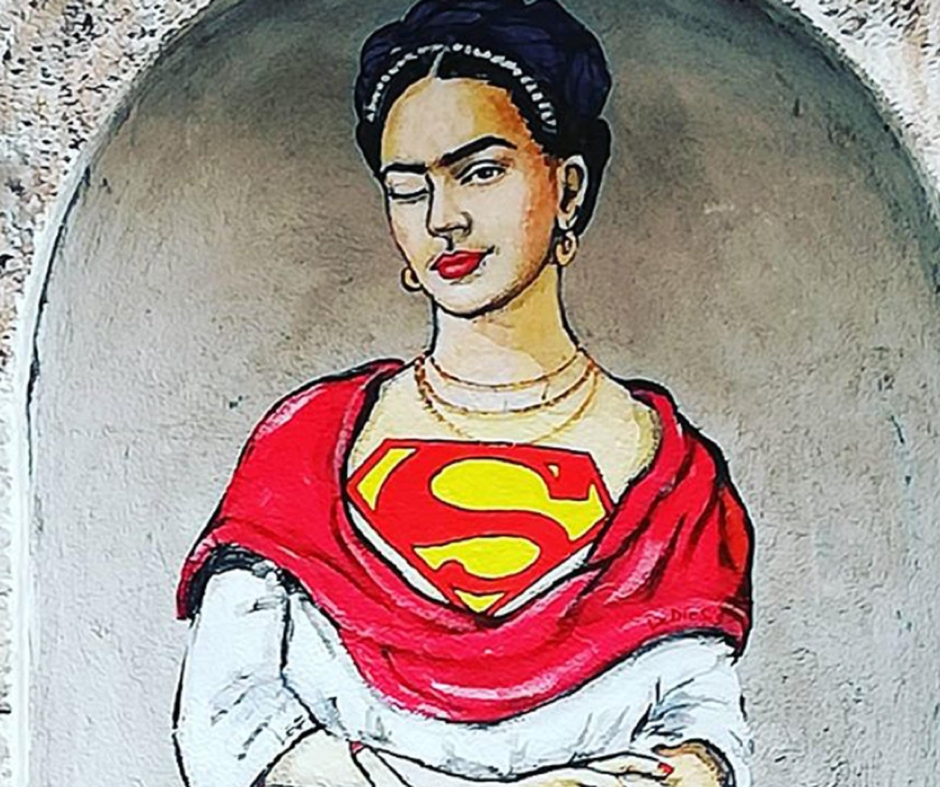 Da Anna Magnani a Frida Kahlo. Dopo Firenze, le misteriose Superwoman arrivano a Roma