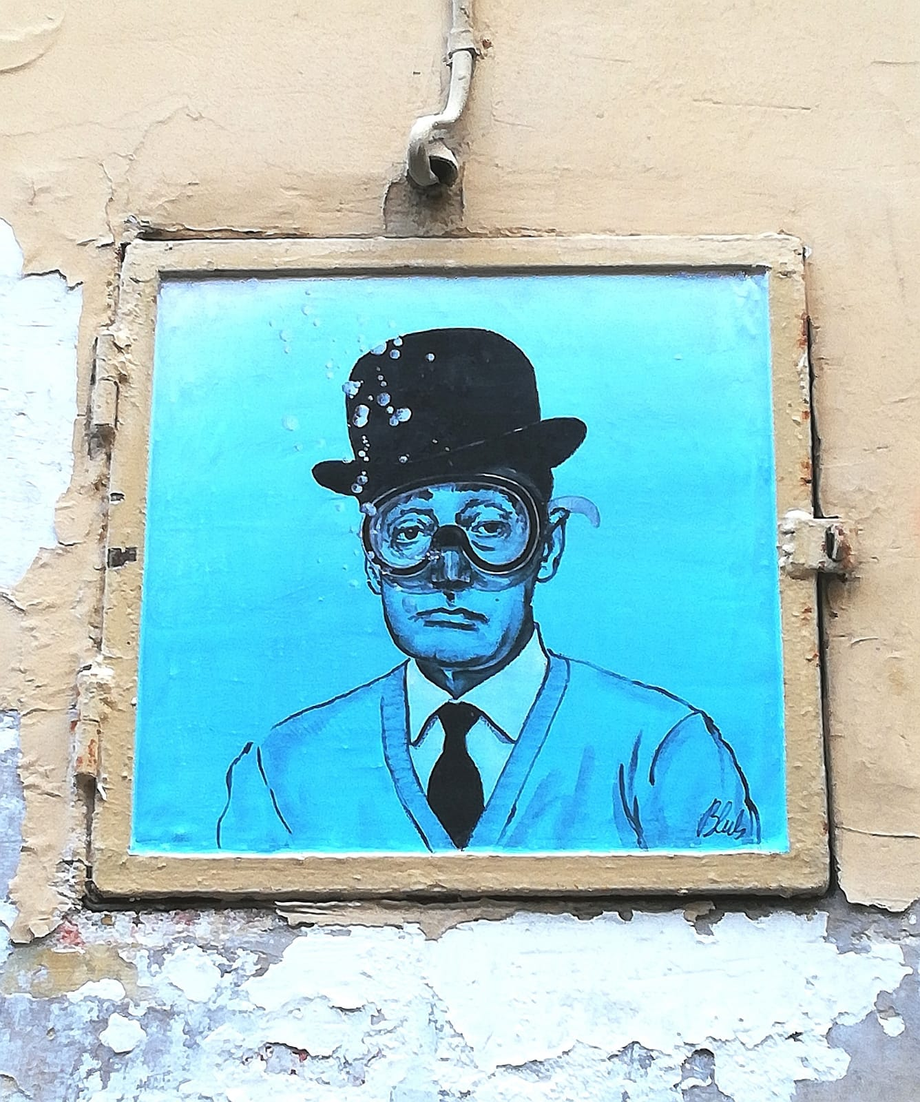 L'arte sa nuotare: lo street artist Blub approda al MANN di Napoli