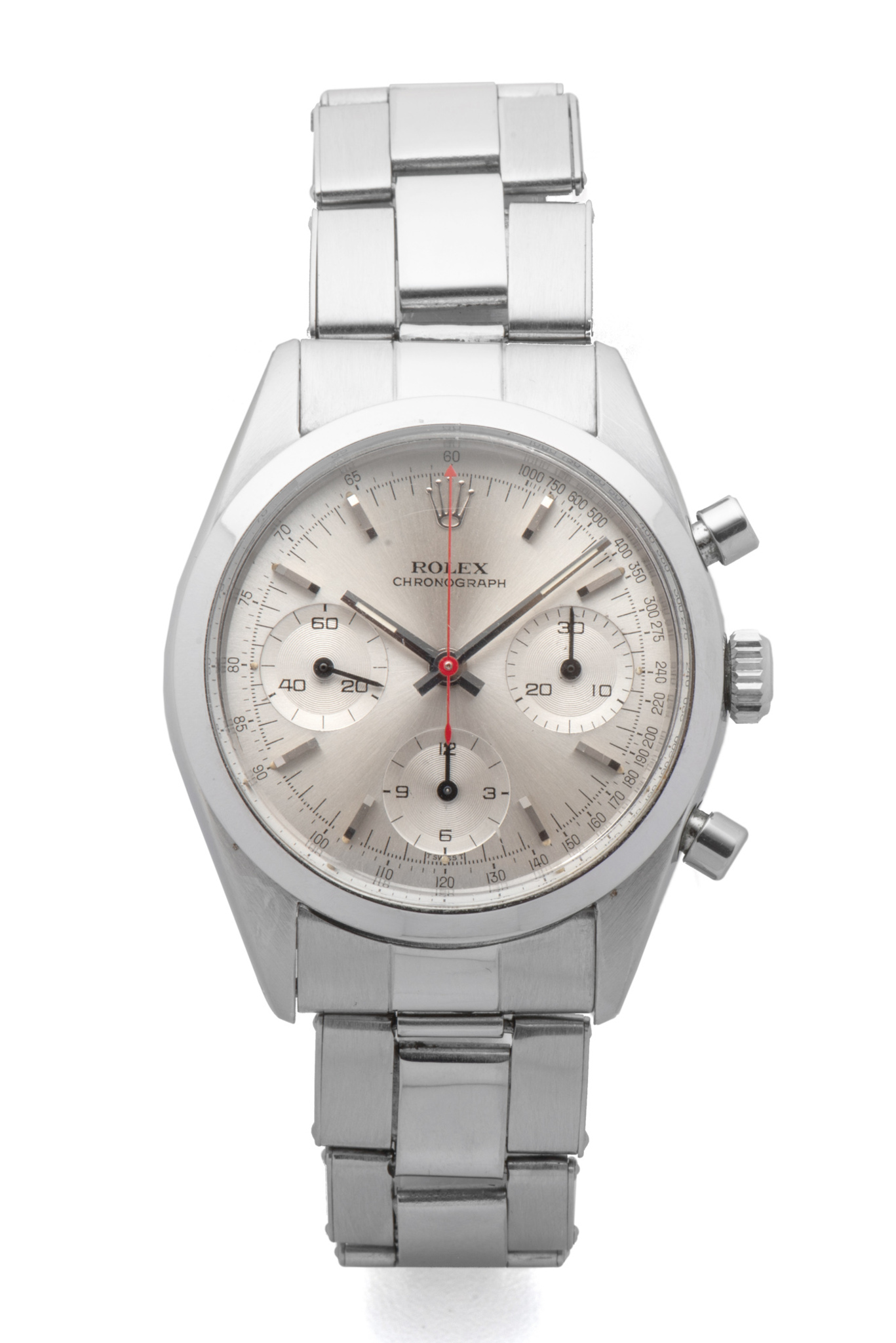 LOT 103 ROLEX, REF. 6238, PRE-DAYTONA, GEORGE LAZENBY « JAMES BOND », STEEL Fine and extremely rare, stainless steel, manual-winding wristwatch with silver dial, three registers and red chronograph hand. Rarissime et superbe chronographe en acier. Boîtier rond. Couronne et fond vissés. Cadran argent avec trois compteurs. Trotteuse centrale du chronographe rouge. Mouvement mécanique manuel. Brand Rolex Reference 6238 Year Circa 1965 Calibre  722 Case No. 1206513 Bracelet  Rolex Oyster riveted stainless steel 7205/06 Dimensions 36 mm Signature Case, dial and movement Accessories Original invoice from Bucherer, Christie's London sale purchase invoice, Bijoux Signés Ltd. purchase invoice, black and white picture of a scene of the motion picture with Caterina Von Shell and George Lazenby. EUR 300,000 - 500,000