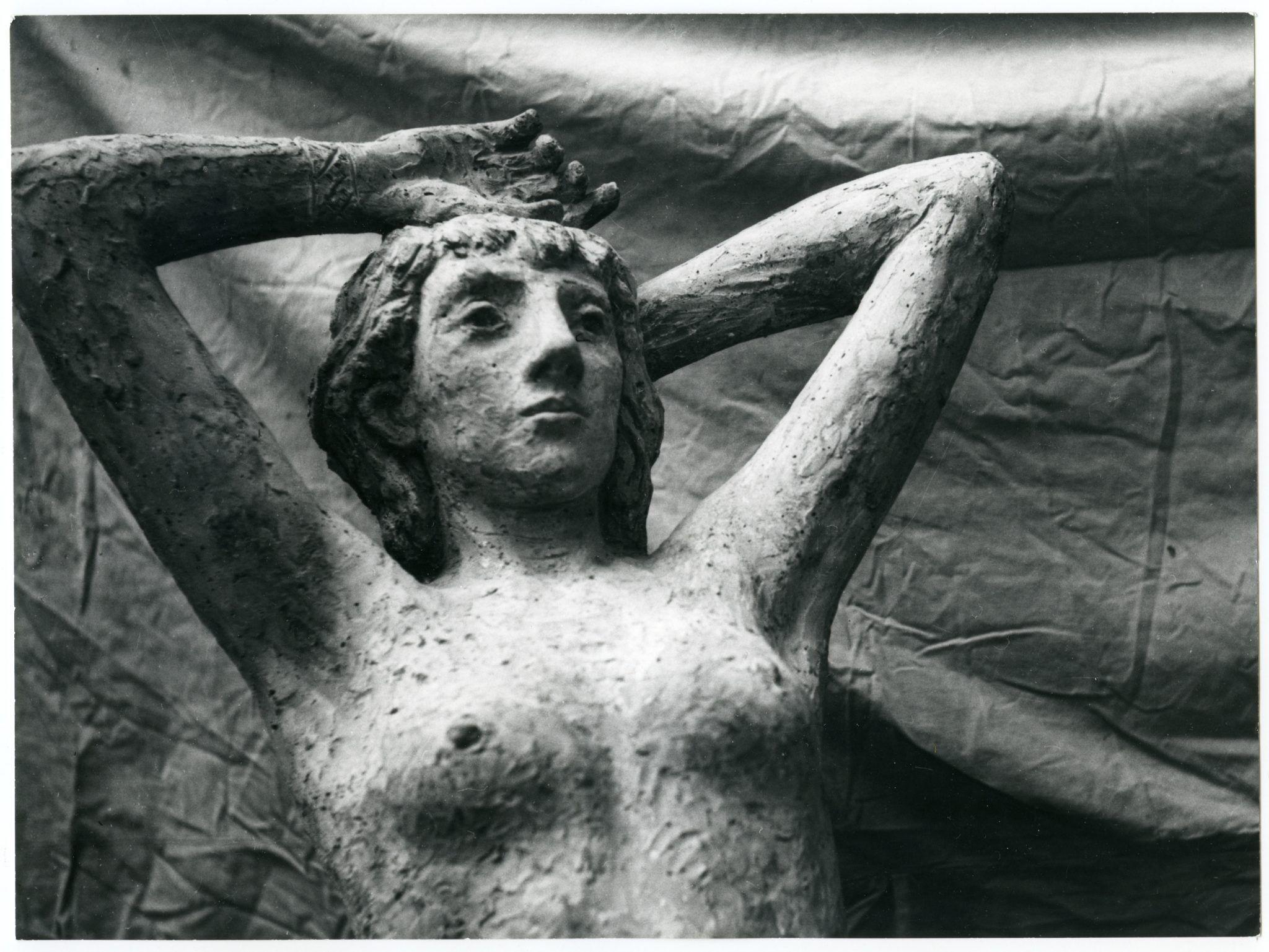 Genni, una scultrice di respiro europeo nella Milano del '900