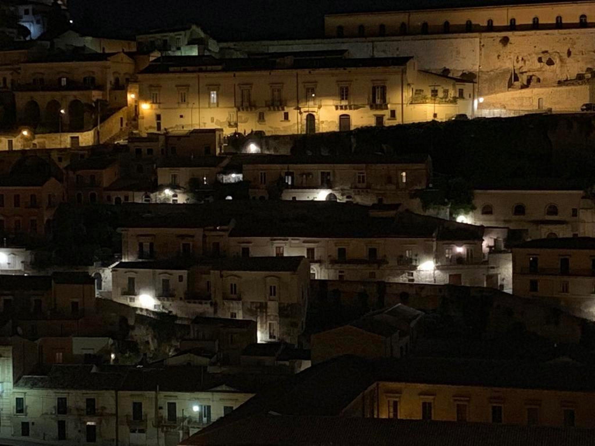 Illuminazione pubblica, Italia Nostra lancia la campagna nazionale Luci e paesaggi