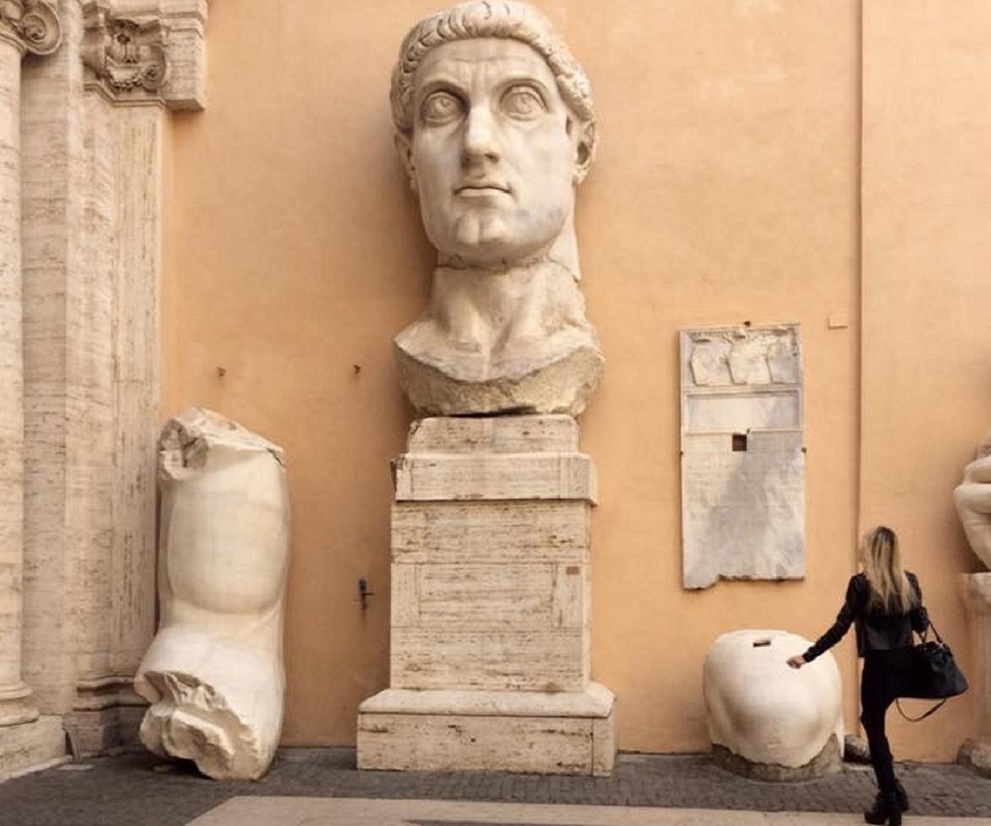 testa monumentale di Costantino presso i Musei Capitolini