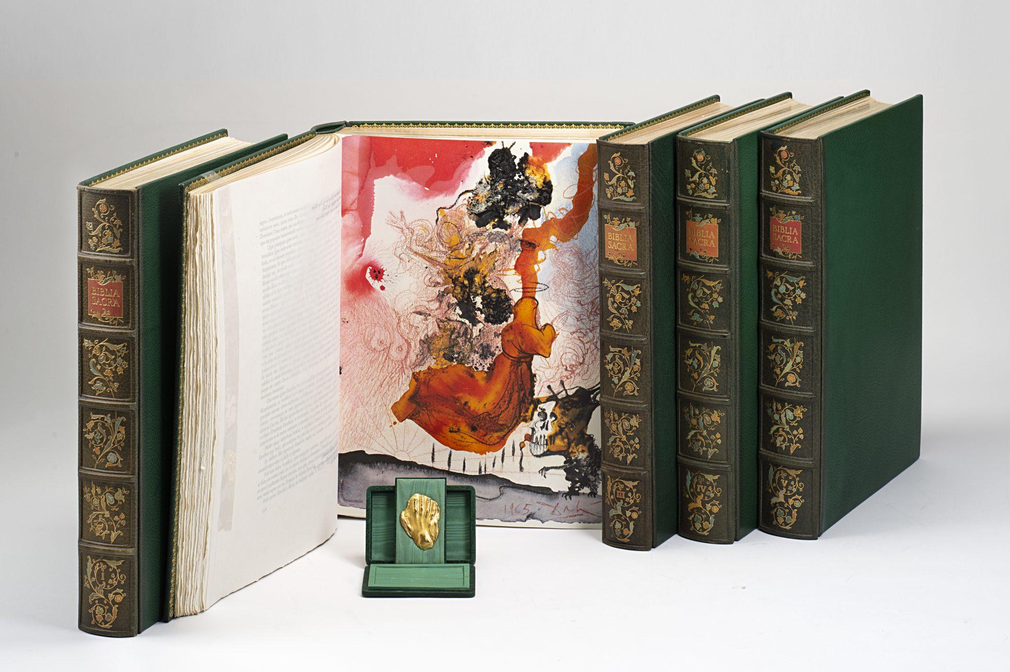 Lotto 211 DALI, Salvador (1904-1989) - Biblia Sacra vulgatae editionis. Roma: Rizzoli-Mediolani, 1967-1969. Valutazione € 40.000-60.000