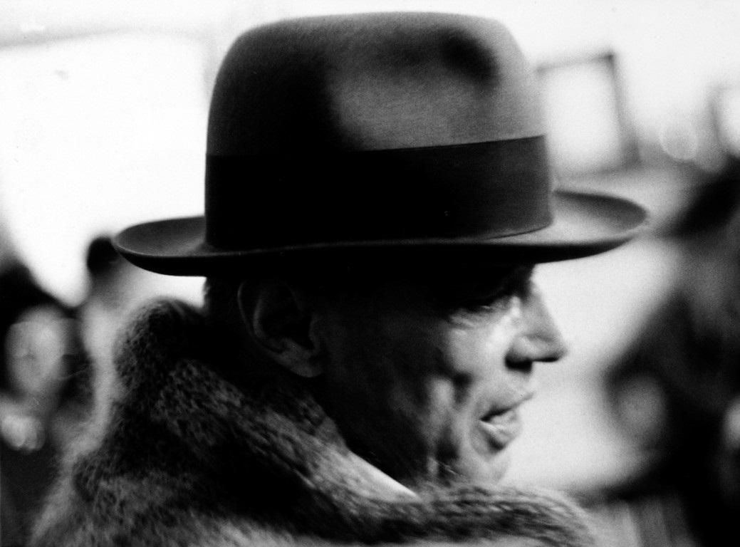 Joseph Beuys Monte Verità 2019 JOSEPH BEUYS. Dal Pensiero alla Parola, dalla Materia alla Forma, dall'Azione all'Opera attraverso le immagini dell'Archivio storico di Buby Durini