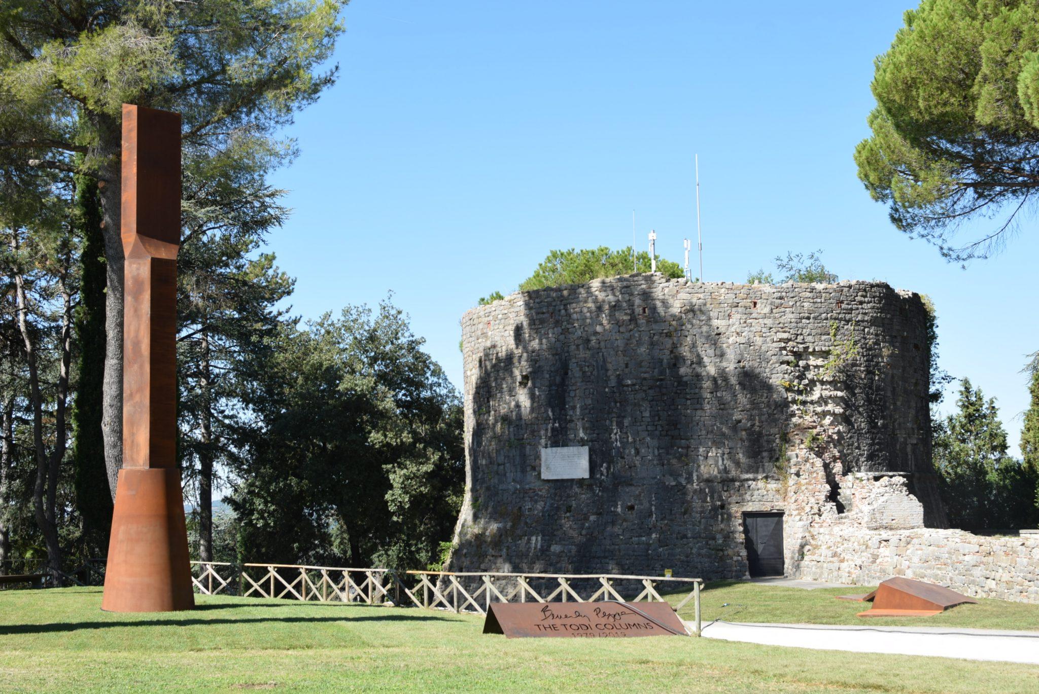 Il parco di Beverly Pepper, Todi (foto Luna Hoei Cini)