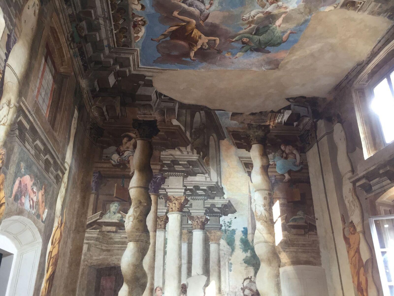 Affresco parete e soffitto Salone