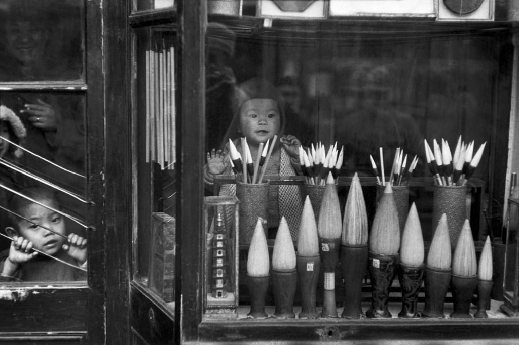 Poesia e antropologia. Parigi racconta Henri Cartier-Bresson e la scoperta della Cina
