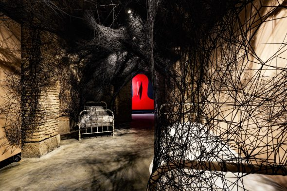 Installation View: Chiharu Shiota, Sleepilng is like Death, 2019. Courtesy the artist & Galerie Templon andGino De Dominicis, Untitled. 1985. Courtesy Collezione Jacorossi, Roma.