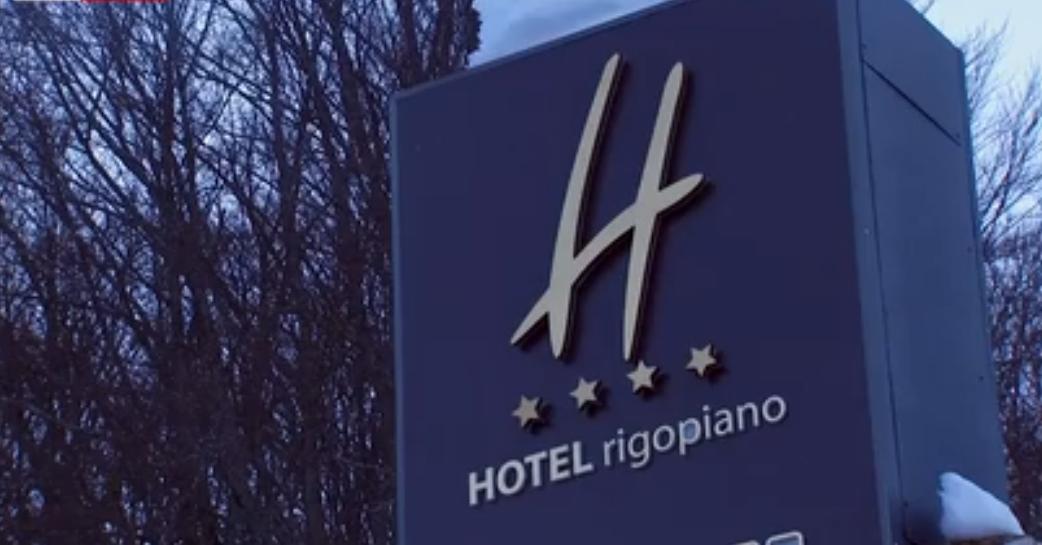 Venduti all'asta vini e champagne dell'Hotel Rigopiano, dove una valanga causò 29 morti