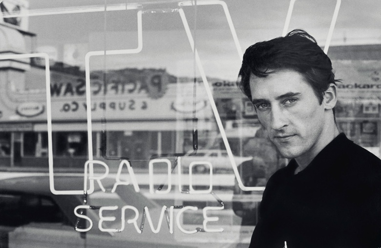Ed Ruscha, 1964. Photo: © Dennis Hopper, Courtesy of The Hopper Art Trust