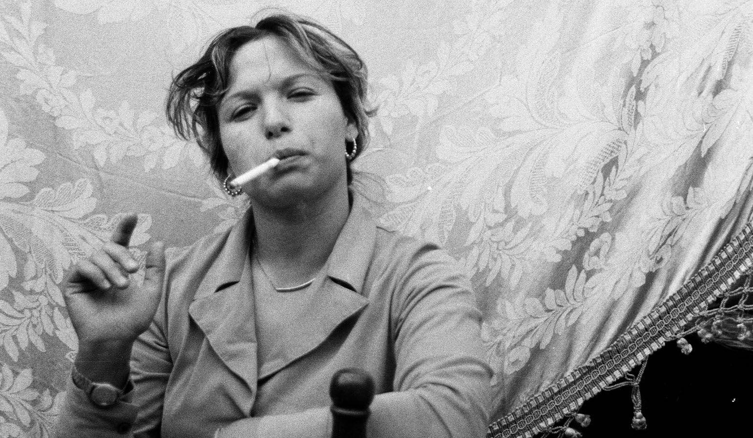 Fotografia poetica, fotografia politica. Le storie di strada di Letizia Battagliain mostra a Milano