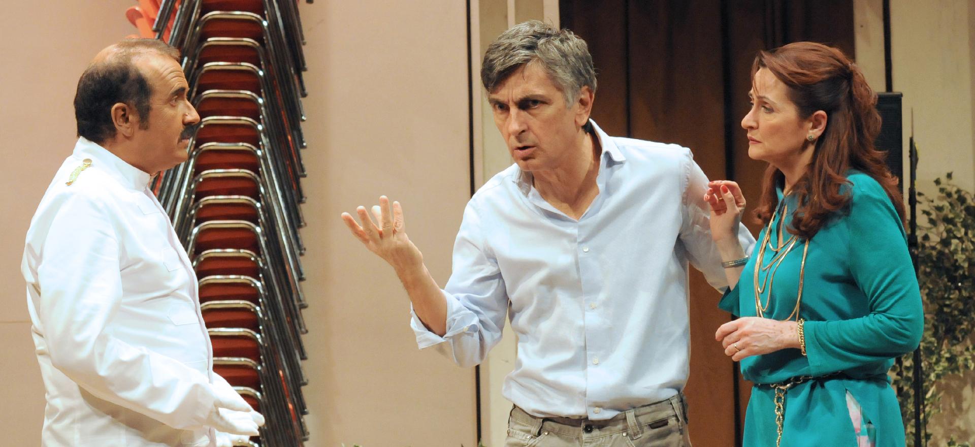 """Contro il """"teatro borghese"""". 20 anni di teatro di Vincenzo Salemme, il regalo di Natale di Rai2"""