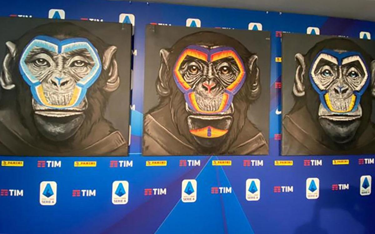 Tre scimmie contro il razzismo. La curiosa iniziativa della Lega Seria A a firma Simone Fugazzotto