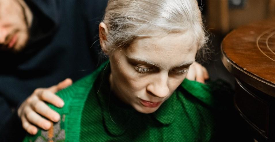 La Ragazza d'Autunno, da Cannes arriva al cinema il nuovo film di Kantemir Balagov