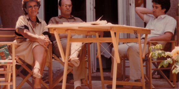 Bruno Ceccobelli con Bianca Attolico e Andrea Fogli nel suo studio di Bracciano nel 1989