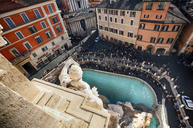 palazzo poli e la Fontana di Trevi vista dall'alto. Fonte foto Il Messaggero, foto di Francesco Toiati
