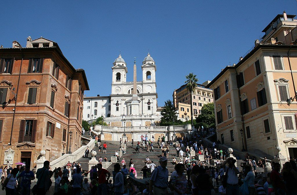 Chiesa e Convento della Trinità dei Monti: quinta scenografica di Roma