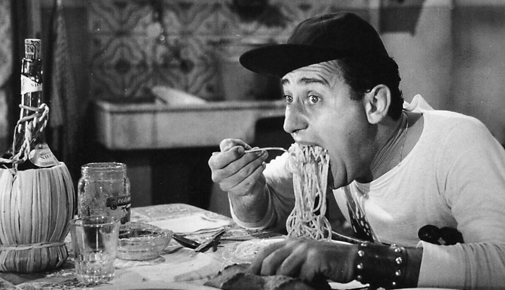 Alberto Sordi, il cinema e la vita in un film su Rai1. In attesa della mostra